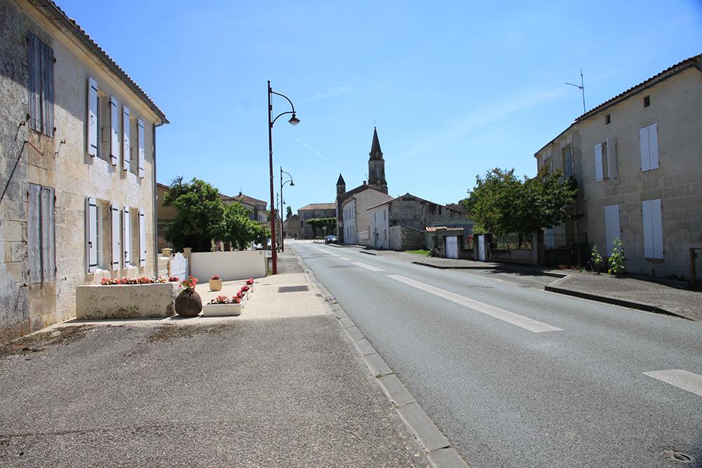 Tesson - rues et commerces
