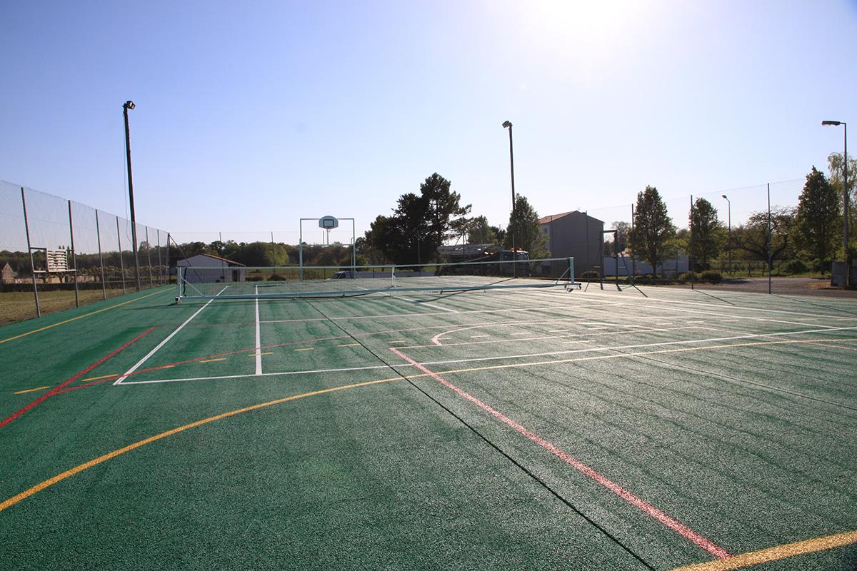 Tesson - Terrain multi-sports tennis basket